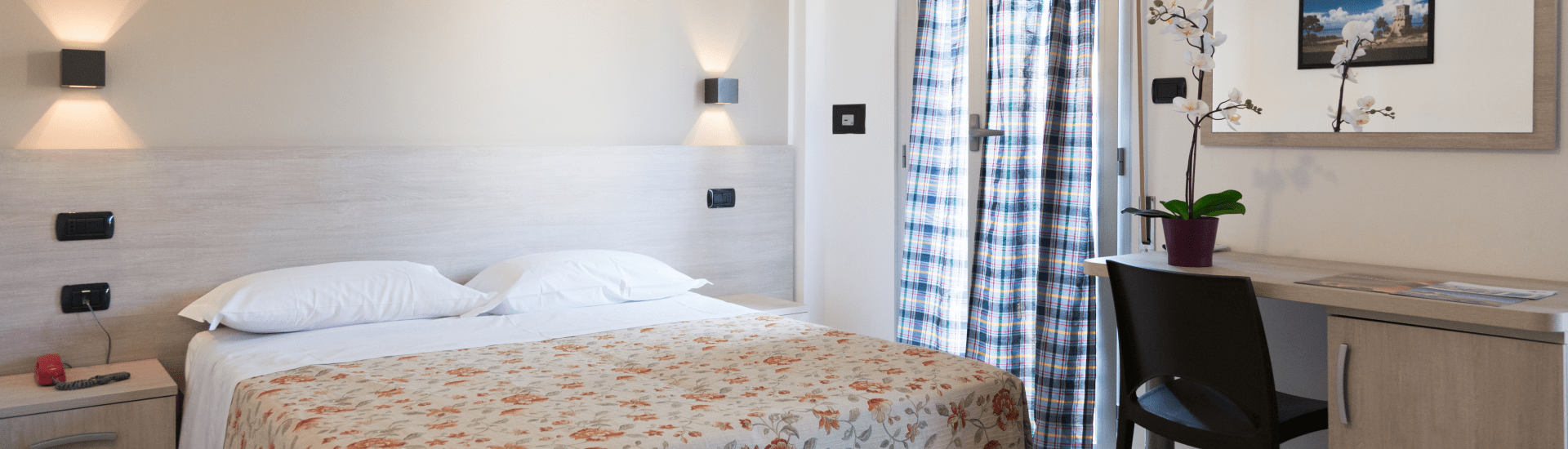 camere_hotel_saint_tropez_pineto-min